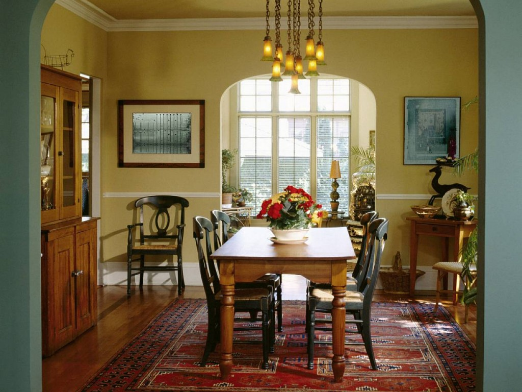 diningroom-interior-country-style-modern-home-decorating-ideas-dining-room-decorating-ideas-dining-room-design-ideas-with-wooden-table-and-chairs-on-classic-carpet-pattern-also-glass-pen